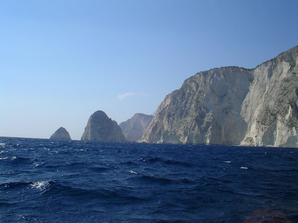 Zante-rough-sea-950-713-pix