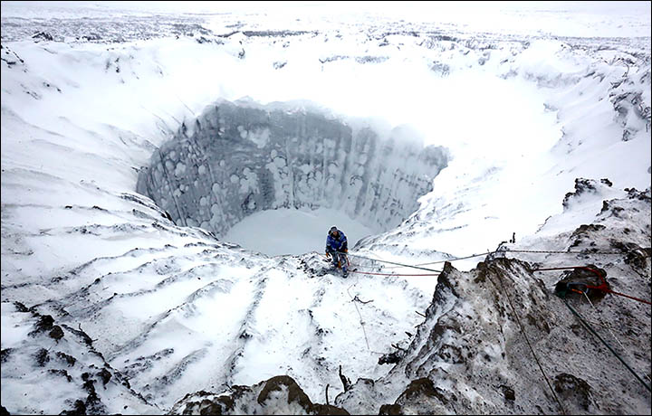 Winter-permafrost-hole